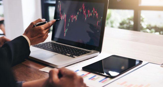 E un moment bun sa investim acum? Si in ce ar fi recomandat sa investim? … Un raspuns il regasiti in psihologia investitorului